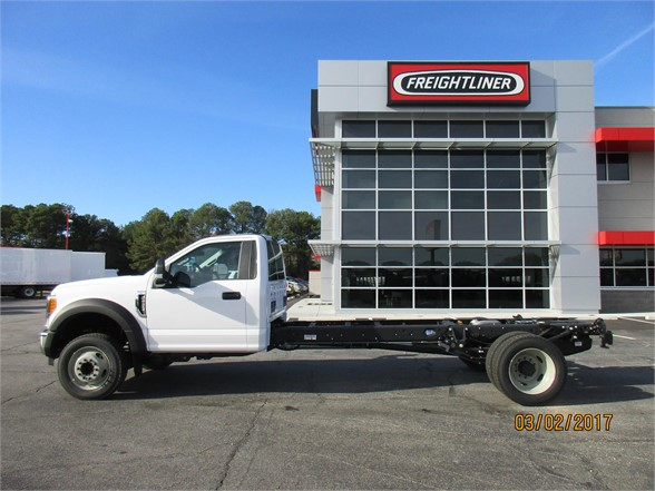 2017 F-550 Regular Cab DRW 4x2,  Cab Chassis #HEF06279 - photo 6