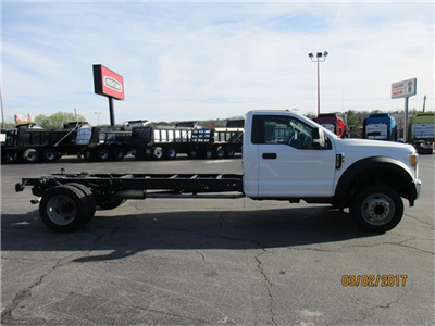 2017 F-550 Regular Cab DRW 4x2,  Cab Chassis #HEF06279 - photo 5