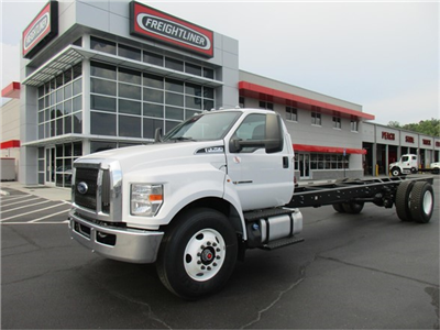 2018 F-750 Regular Cab DRW 4x2,  Cab Chassis #JDF03294 - photo 1