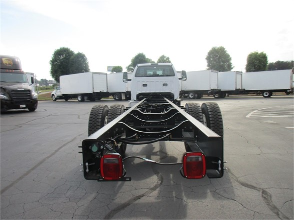 2018 F-750 Super Cab DRW 4x2,  Cab Chassis #JDF03297 - photo 2
