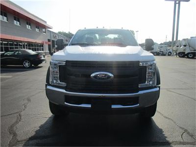 2018 F-550 Regular Cab DRW 4x2,  Cab Chassis #JEC16903 - photo 3