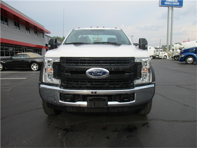 2018 F-550 Regular Cab DRW 4x2,  Cab Chassis #JEC16905 - photo 3