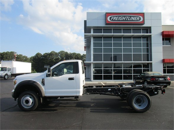 2018 F-550 Regular Cab DRW 4x2,  Cab Chassis #JEC16907 - photo 6