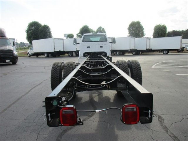 2019 Ford F-750 Regular Cab DRW 4x2, Cab Chassis #KDF00084 - photo 1