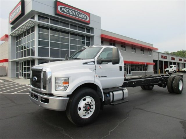 2019 F-750 Regular Cab DRW 4x2, Cab Chassis #KDF00088 - photo 5