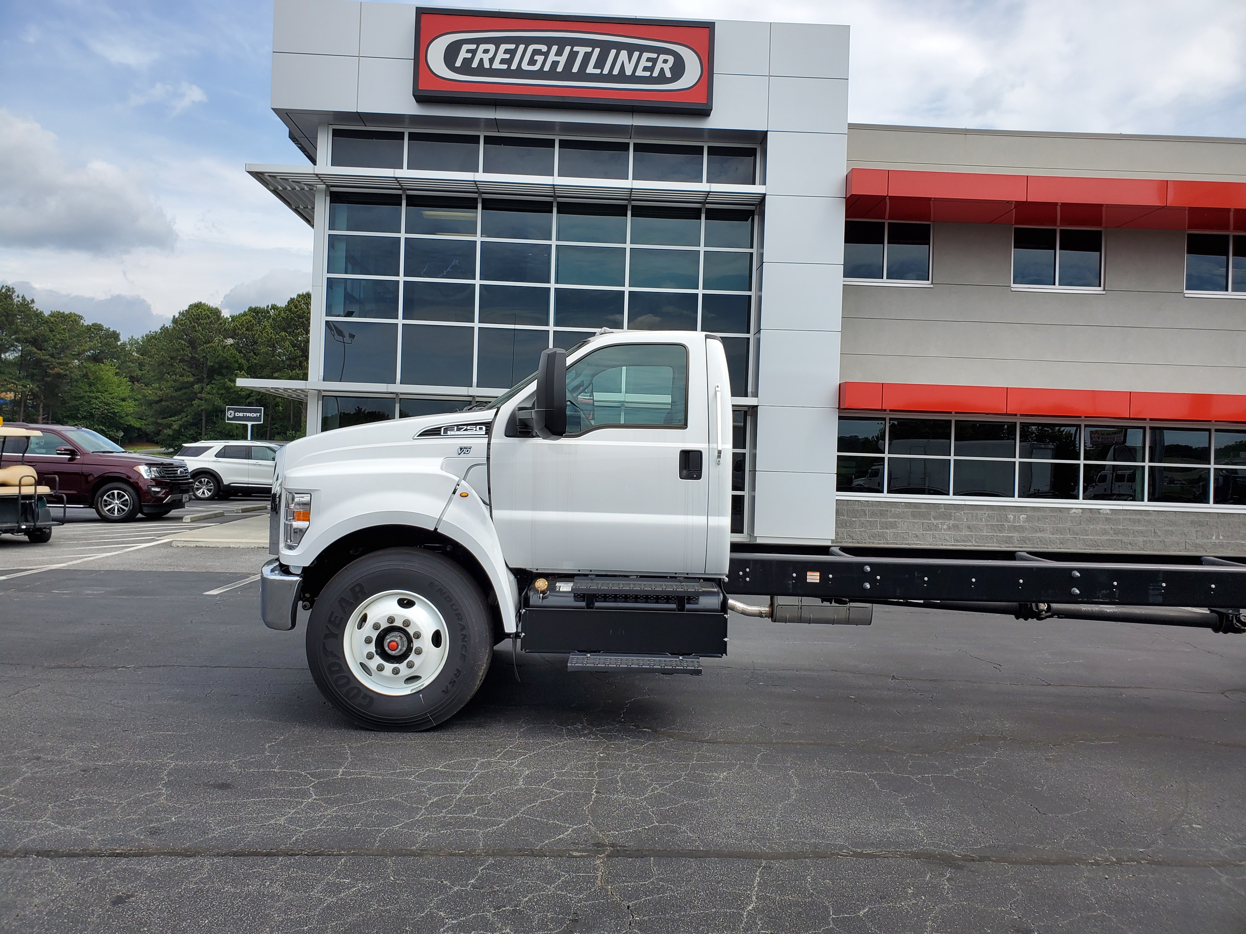 2019 Ford F-750 Regular Cab DRW 4x2, Cab Chassis #KDF14456 - photo 1