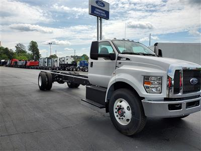 2019 Ford F-750 Regular Cab DRW 4x2, Cab Chassis #KDF14458 - photo 4