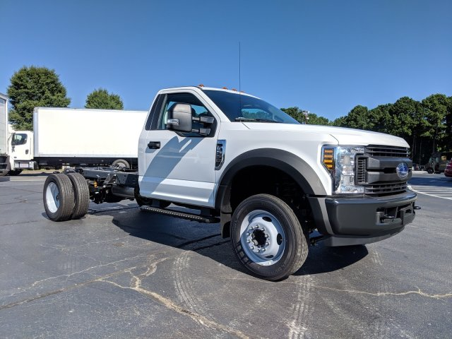 2019 F-550 Regular Cab DRW 4x2, Cab Chassis #KEF60314 - photo 3