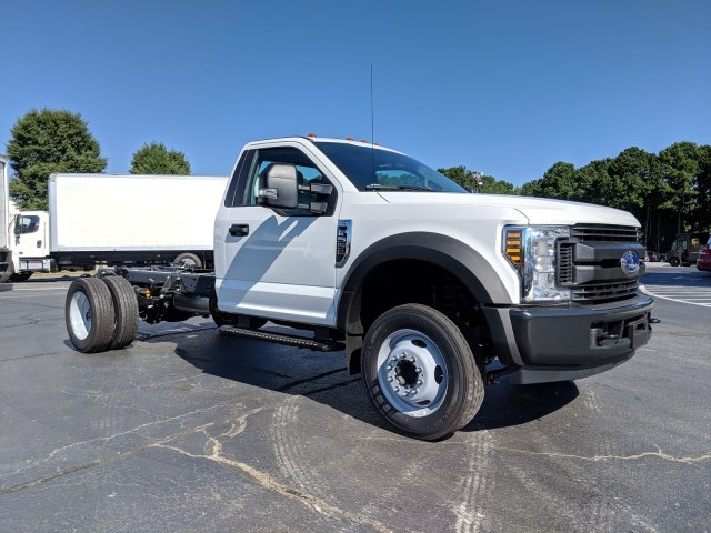2019 F-550 Regular Cab DRW 4x2, Cab Chassis #KEF60314 - photo 4