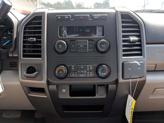 2019 F-550 Regular Cab DRW 4x4,  Cab Chassis #KEF60318 - photo 18
