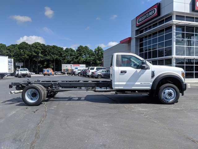 2019 F-550 Regular Cab DRW 4x4,  Cab Chassis #KEF60318 - photo 3