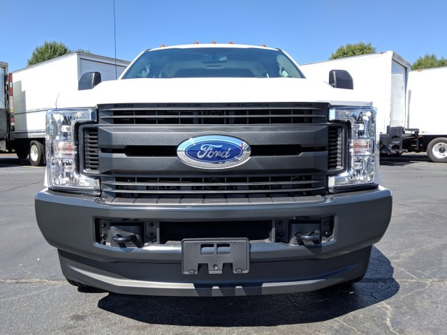 2019 F-350 Crew Cab DRW 4x4, Pickup #KEF82476 - photo 10