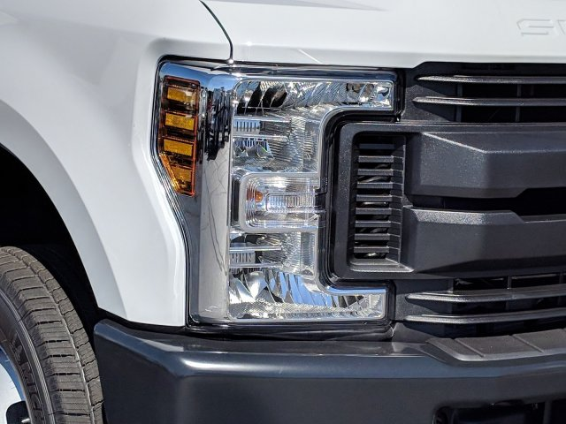 2019 F-350 Crew Cab DRW 4x4, Pickup #KEF82476 - photo 11