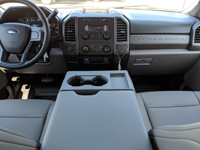 2019 F-350 Crew Cab DRW 4x4, Pickup #KEF82476 - photo 20