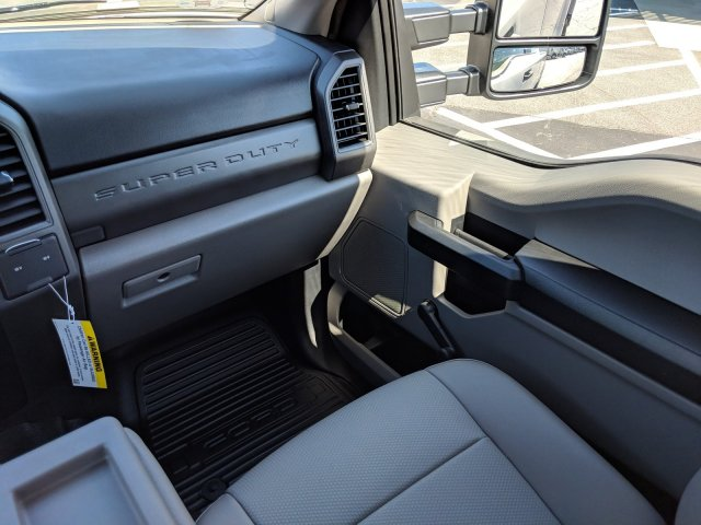 2019 F-250 Super Cab 4x2, Pickup #KEF82478 - photo 18