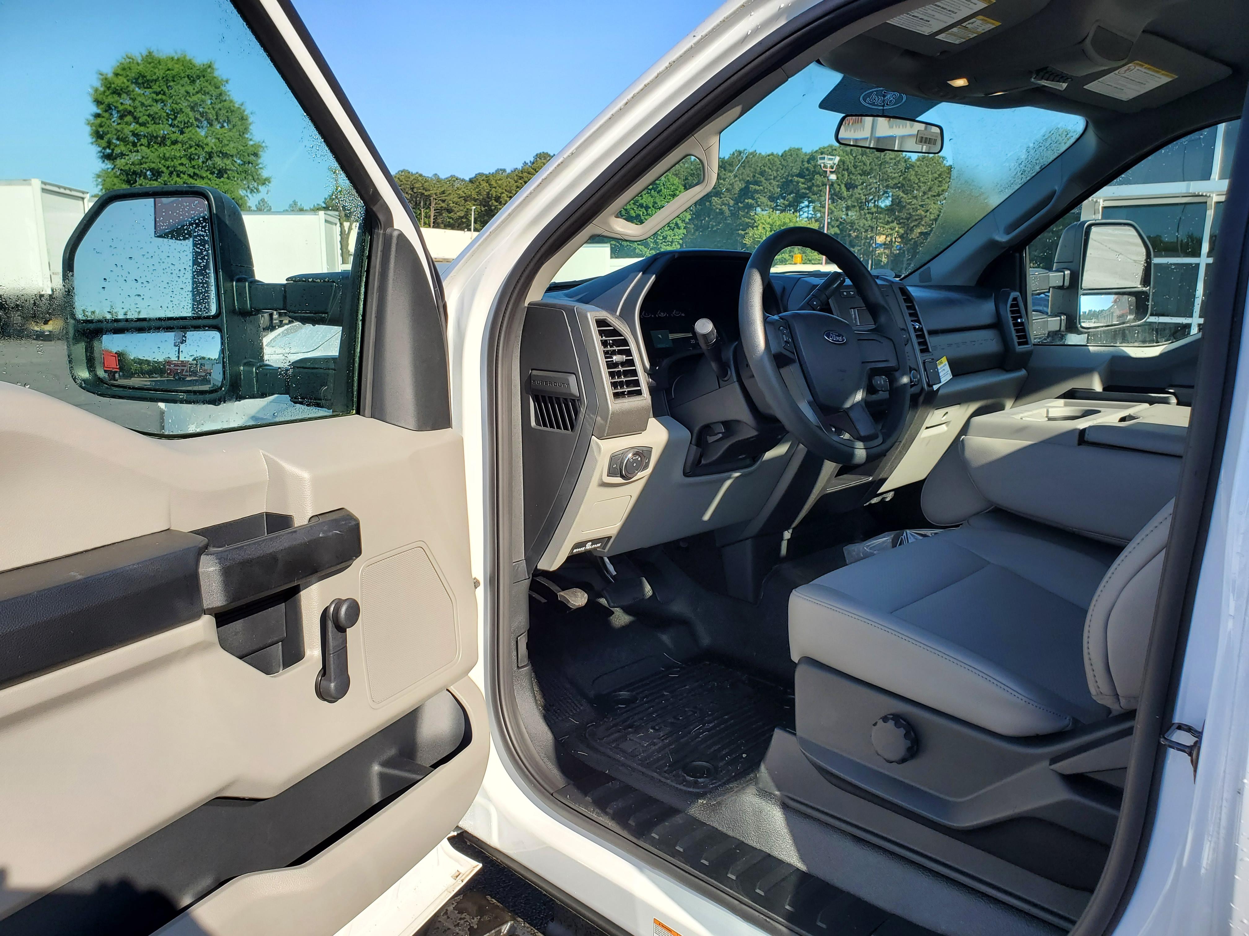 2019 Ford F-450 Regular Cab DRW 4x2, Smyrna Truck Platform Body #KEG06366 - photo 6