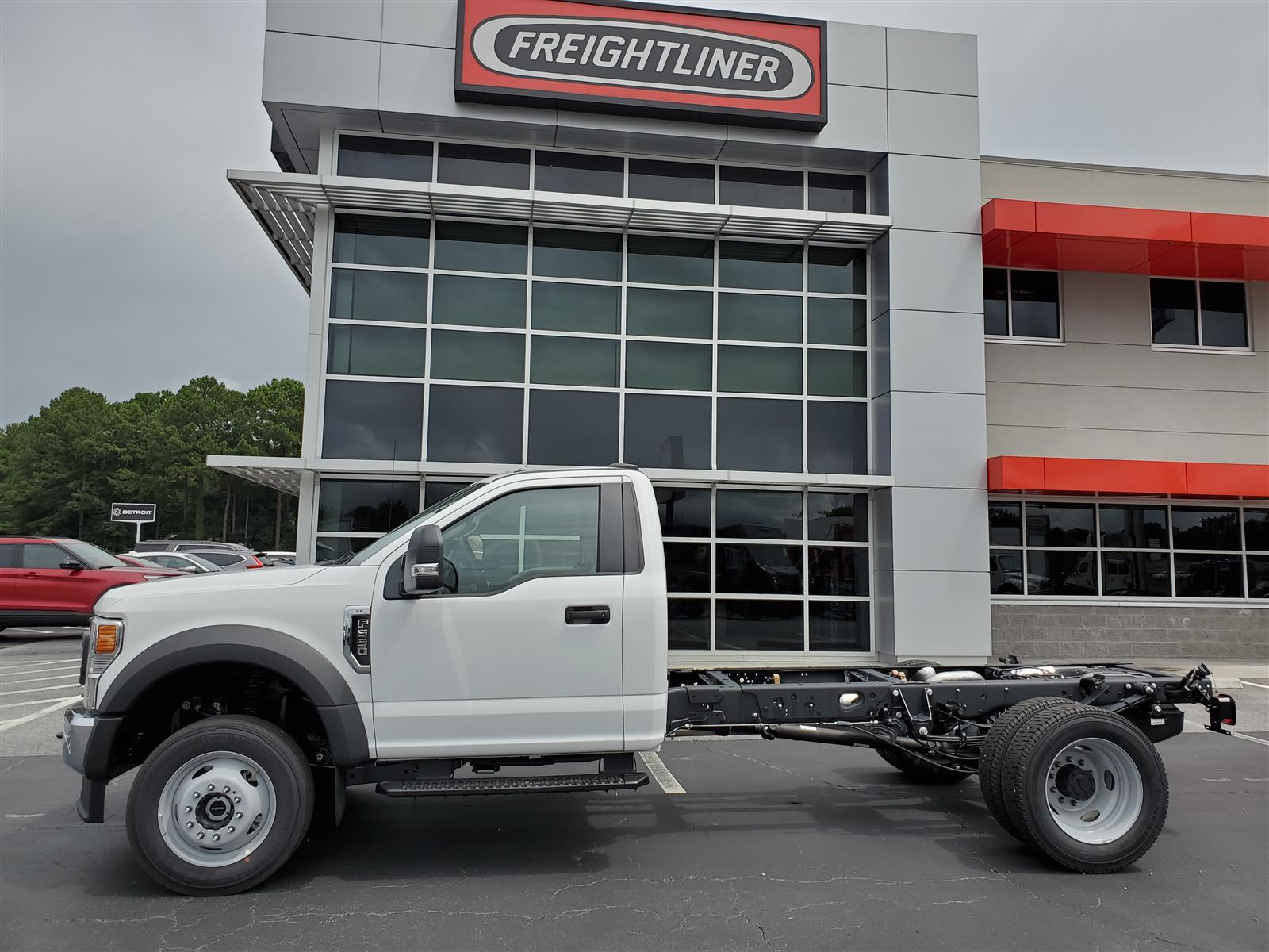 2020 Ford F-550 Regular Cab DRW 4x4, Cab Chassis #LDA06213 - photo 3