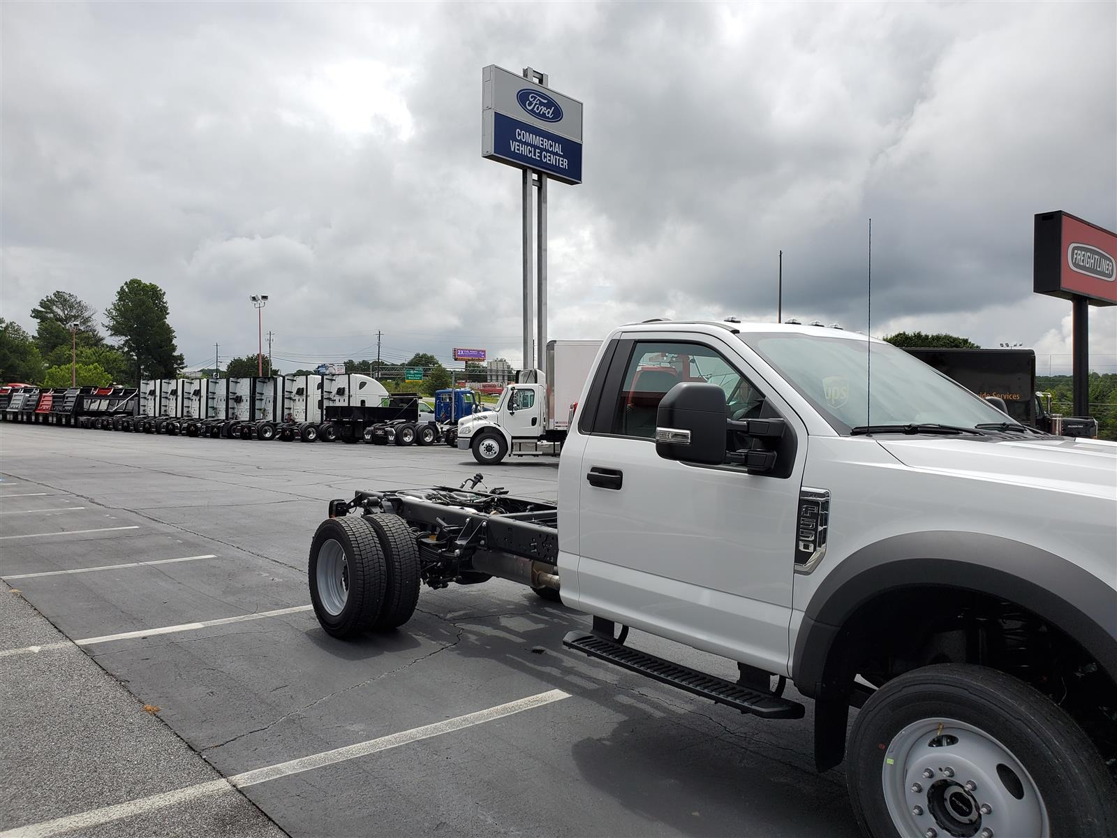 2020 Ford F-550 Regular Cab DRW 4x4, Cab Chassis #LDA06850 - photo 5