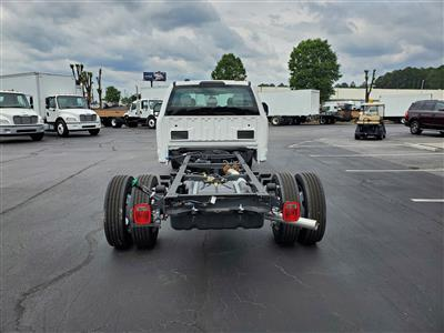 2020 Ford F-550 Crew Cab DRW 4x4, Cab Chassis #LEC54111 - photo 2