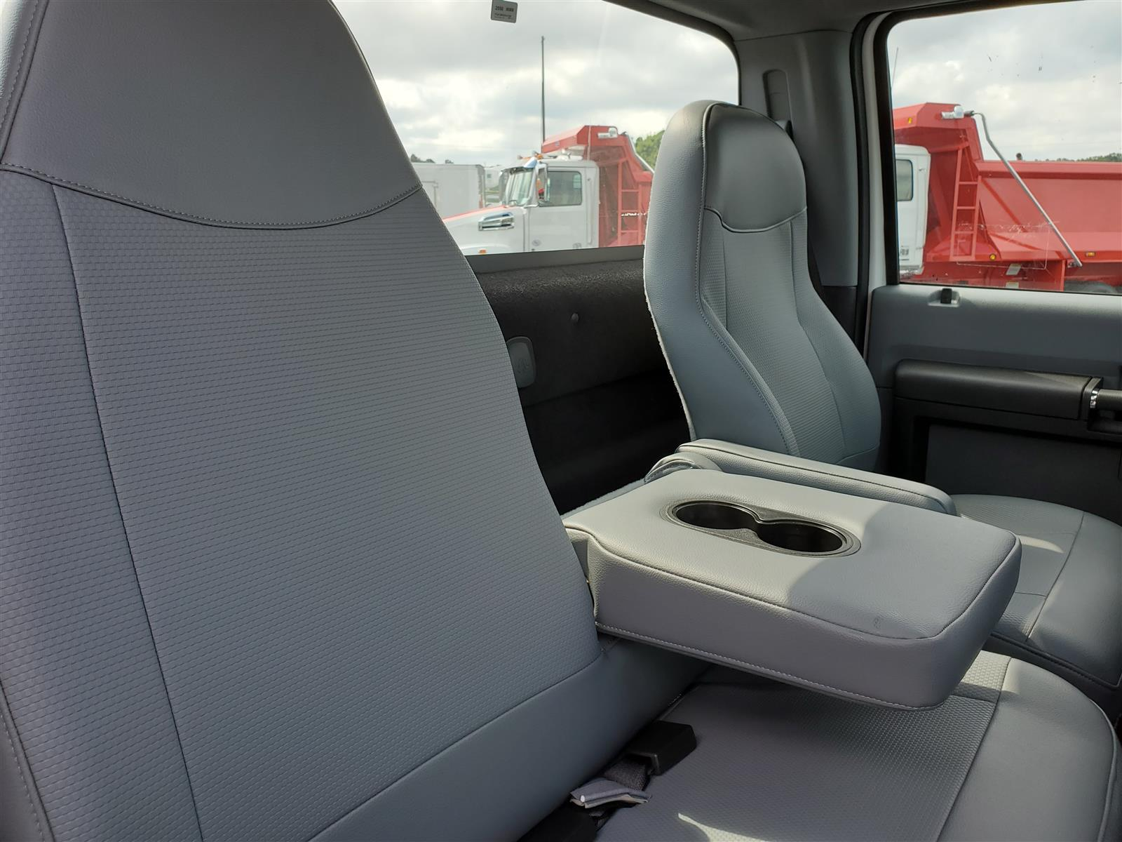 2021 Ford F-750 Regular Cab DRW 4x2, Cab Chassis #MDF02563 - photo 10