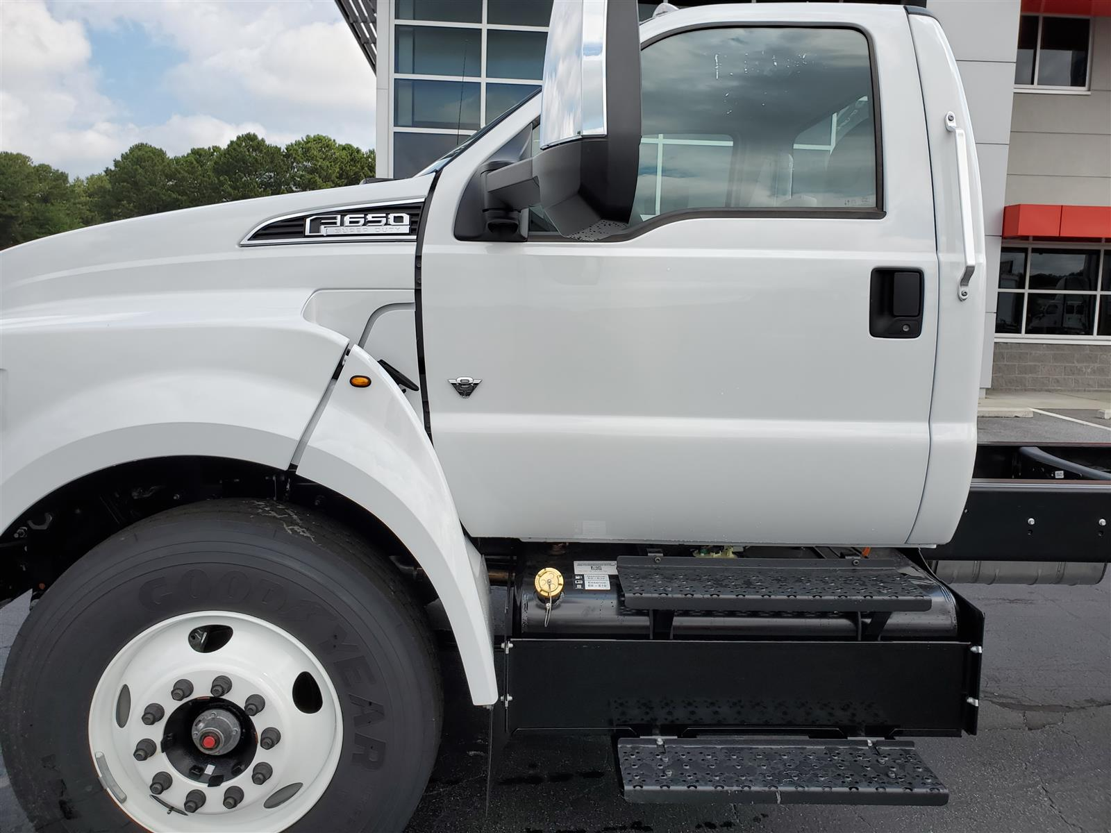 2021 Ford F-750 Regular Cab DRW 4x2, Cab Chassis #MDF02565 - photo 3