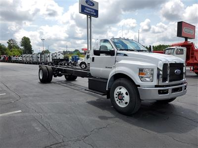 2021 Ford F-750 Regular Cab DRW 4x2, Cab Chassis #MDF02570 - photo 5