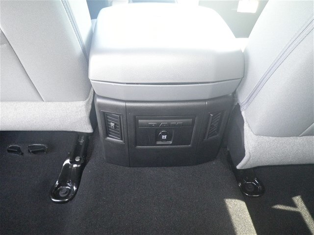 2018 Ram 1500 Crew Cab 4x4,  Pickup #C18377 - photo 18