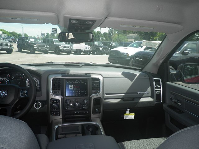 2018 Ram 1500 Crew Cab 4x4,  Pickup #C18377 - photo 19