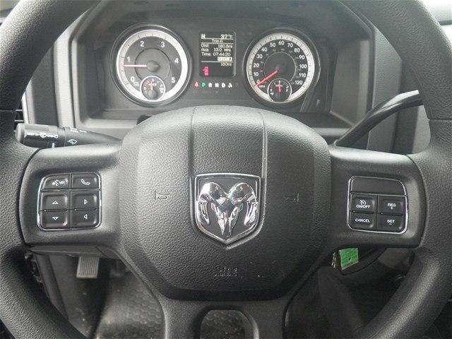 2018 Ram 3500 Regular Cab DRW 4x4,  Platform Body #C18667 - photo 21