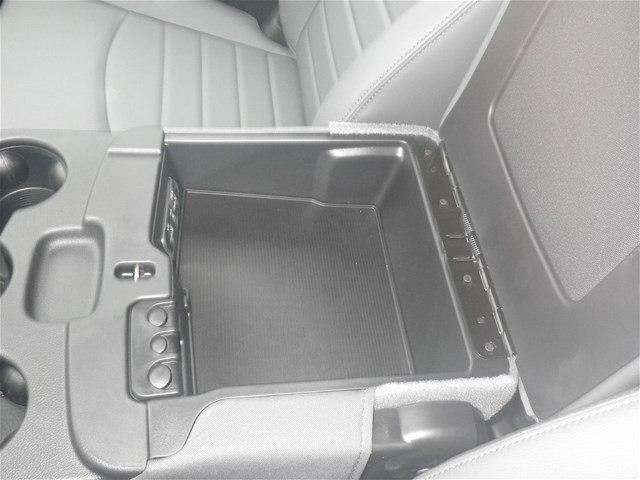 2018 Ram 3500 Regular Cab DRW 4x4,  Platform Body #C18667 - photo 24