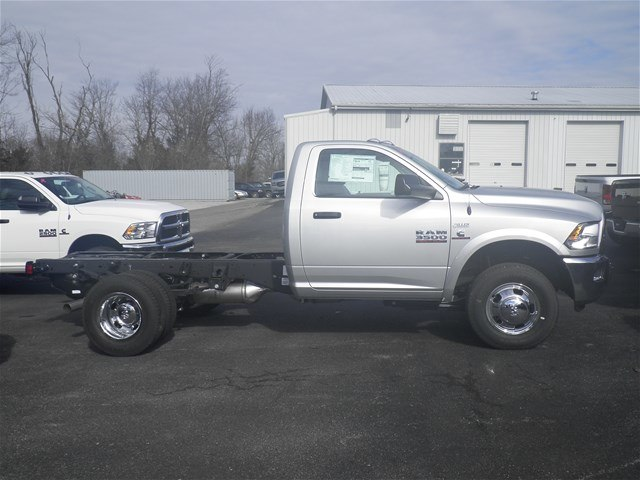 2018 Ram 3500 Regular Cab DRW 4x4,  Cab Chassis #C18682 - photo 6