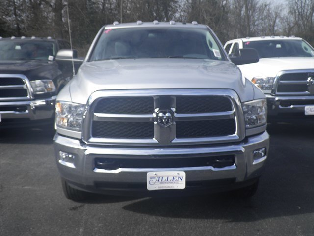 2018 Ram 3500 Regular Cab DRW 4x4,  Cab Chassis #C18682 - photo 8