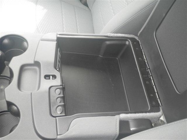 2018 Ram 3500 Crew Cab DRW 4x4,  Platform Body #C18833 - photo 26