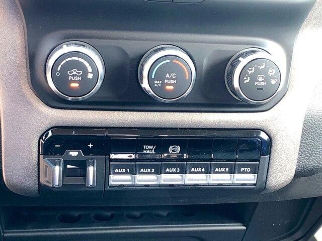 2019 Ram 3500 Crew Cab DRW 4x4,  Hillsboro 2000 Series Aluminum Platform Body #C19183 - photo 19