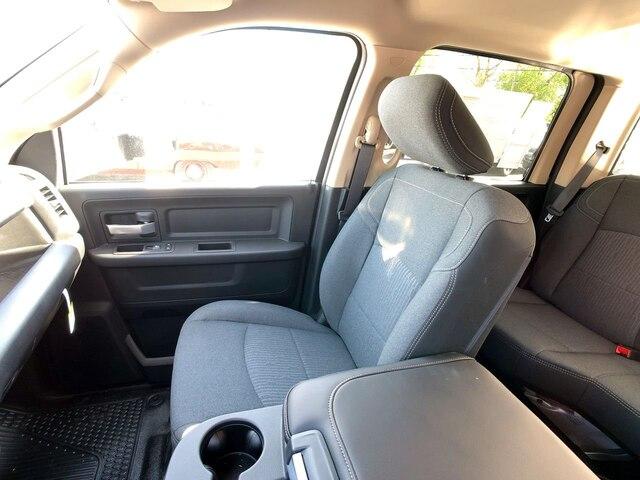 2019 Ram 3500 Crew Cab DRW 4x4,  Hillsboro 2000 Series Aluminum Platform Body #C19206 - photo 24