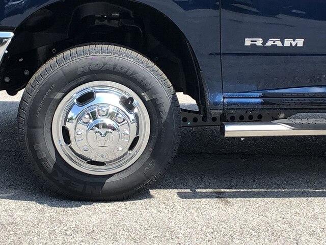 2019 Ram 3500 Crew Cab DRW 4x4,  Cab Chassis #C19214 - photo 10