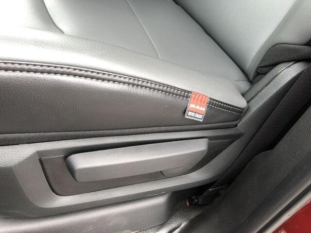 2019 Ram 3500 Crew Cab DRW 4x4,  Cab Chassis #C19216 - photo 16
