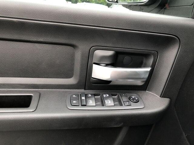 2019 Ram 3500 Crew Cab DRW 4x4,  Cab Chassis #C19217 - photo 14