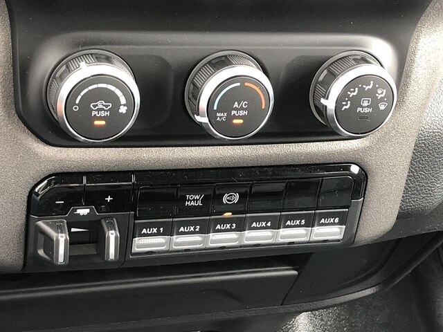 2019 Ram 3500 Crew Cab DRW 4x4,  Hillsboro 2000 Series Aluminum Platform Body #C19217 - photo 24