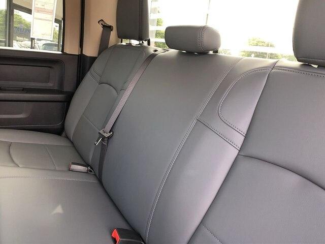2019 Ram 3500 Crew Cab DRW 4x4,  Cab Chassis #C19224 - photo 13