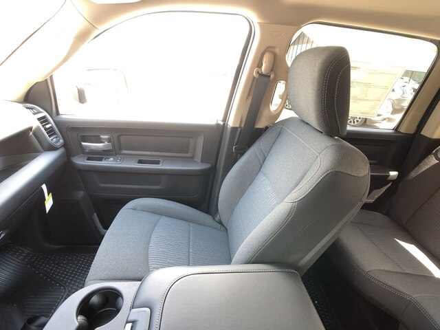 2019 Ram 3500 Crew Cab DRW 4x4,  Cab Chassis #C19234 - photo 25