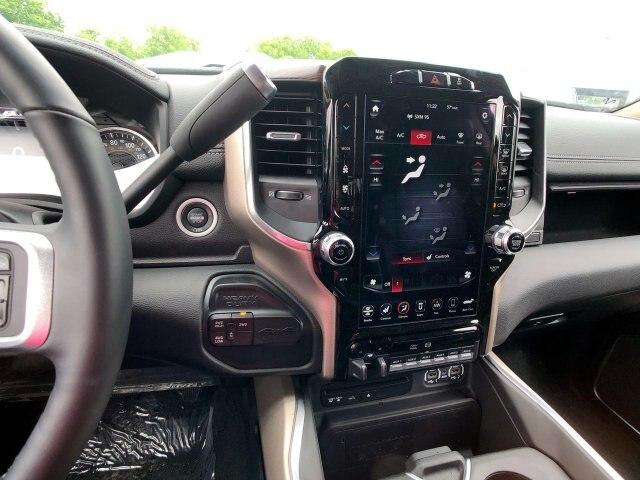 2019 Ram 4500 Crew Cab DRW 4x4,  Hillsboro 4000 Series Aluminum Platform Body #C19236 - photo 20