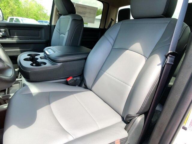 2019 Ram 3500 Crew Cab DRW 4x4,  Cab Chassis #C19238 - photo 15