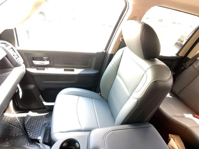 2019 Ram 3500 Crew Cab DRW 4x4,  Cab Chassis #C19238 - photo 24