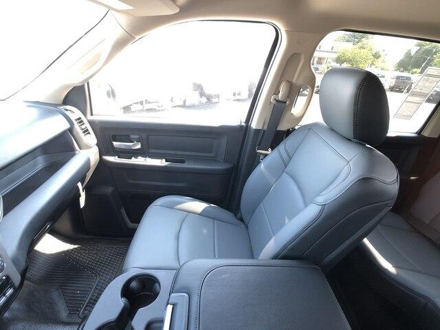 2019 Ram 4500 Crew Cab DRW 4x4,  Cab Chassis #C19372 - photo 25