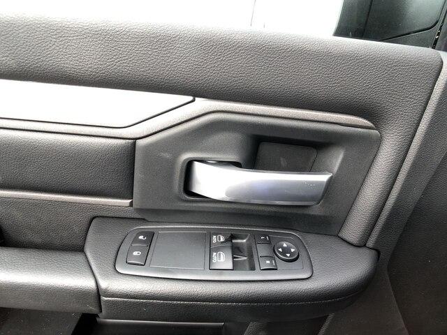 2019 Ram 3500 Regular Cab DRW 4x4, Hillsboro Platform Body #C19495 - photo 13