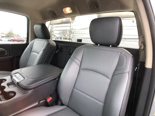 2019 Ram 3500 Regular Cab DRW 4x4, Hillsboro Platform Body #C19495 - photo 14