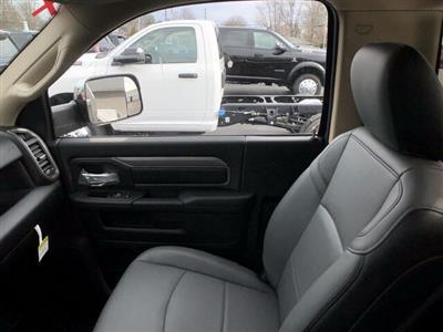 2019 Ram 3500 Regular Cab DRW 4x4, Hillsboro Platform Body #C19495 - photo 24