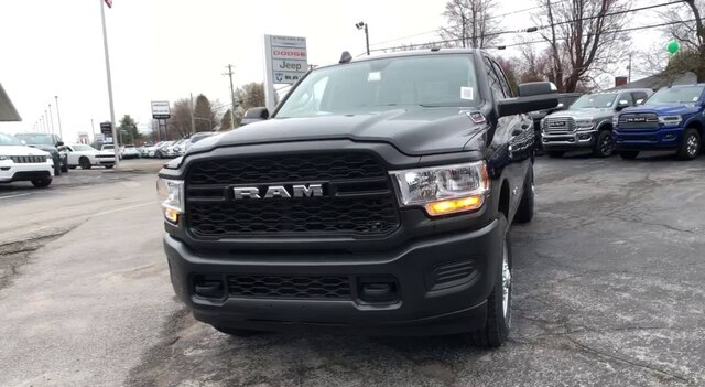 2020 Ram 3500 Crew Cab 4x4, Pickup #C20233 - photo 4