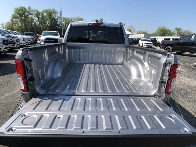 2020 Ram 1500 Crew Cab 4x4, Pickup #C20331 - photo 11
